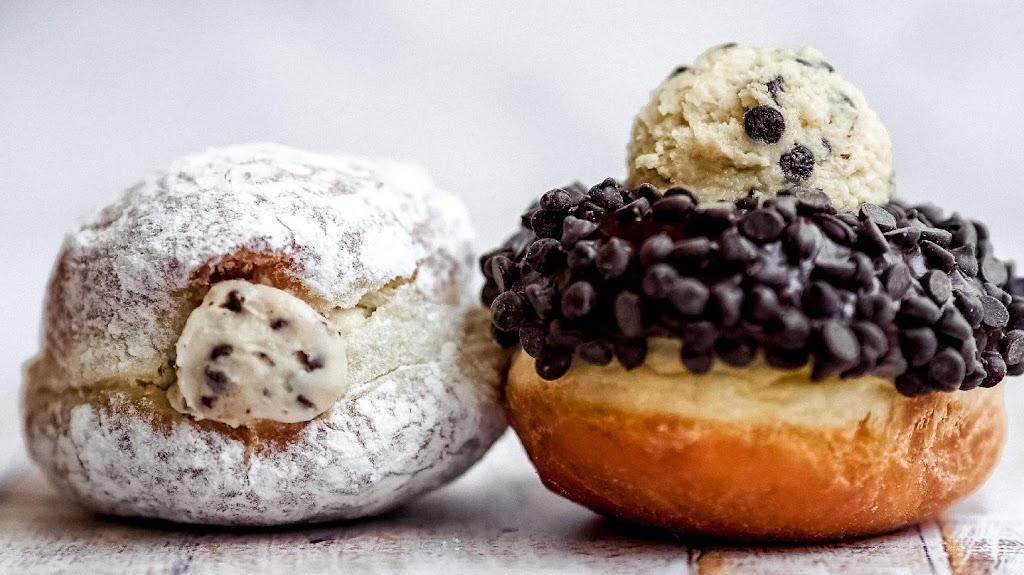 Paulas Donuts - bakery  | Photo 3 of 10 | Address: 8560 Main St, Clarence, NY 14221, USA | Phone: (716) 580-3614