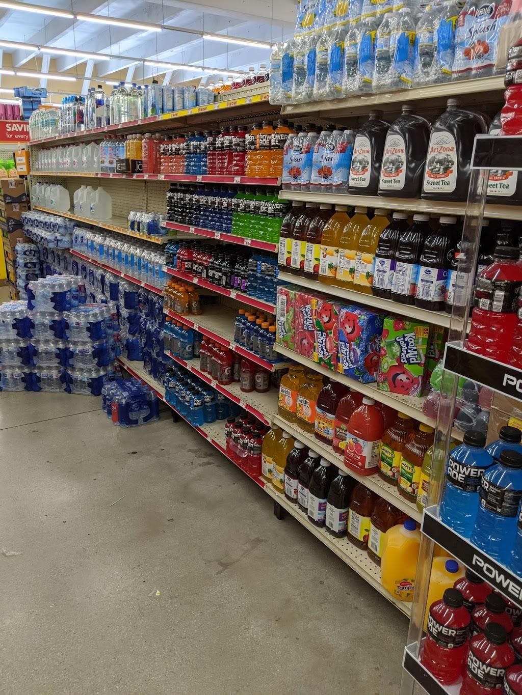 Family Dollar - supermarket  | Photo 4 of 10 | Address: 1700 NW 183rd St, Miami Gardens, FL 33056, USA | Phone: (305) 914-1233