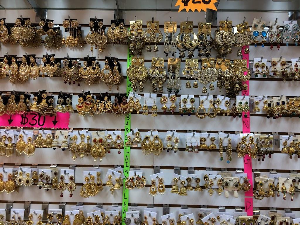 Coral & Beads Gallery - art gallery  | Photo 5 of 7 | Address: 1387 Oak Tree Rd, Iselin, NJ 08830, USA | Phone: (732) 648-3223