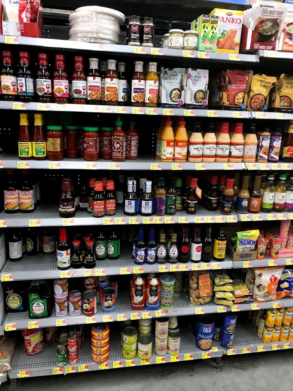 Walmart Neighborhood Market - supermarket    Photo 3 of 10   Address: 5625 Calloway Dr, Bakersfield, CA 93312, USA   Phone: (661) 368-7065