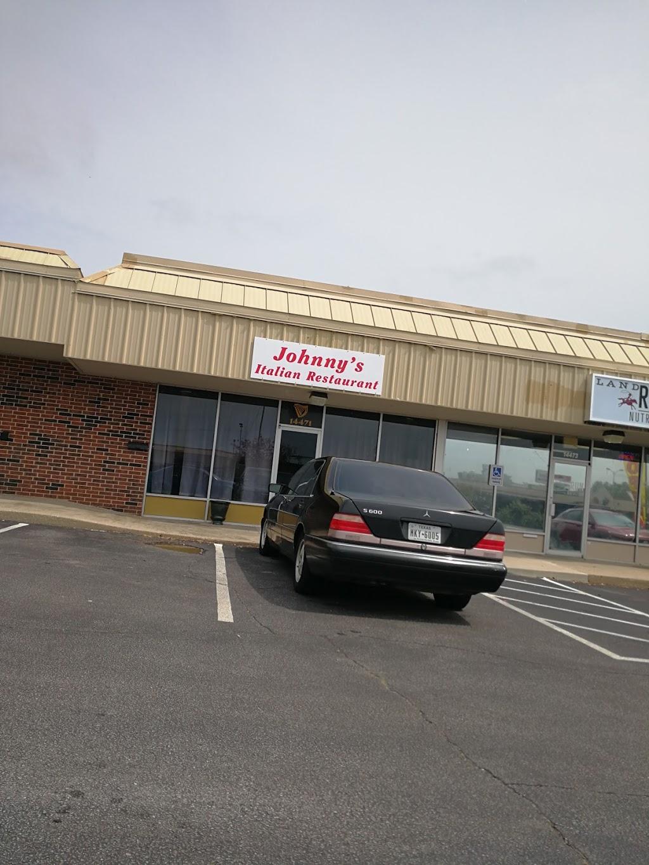 Johnnys Italian Restaurant - restaurant  | Photo 8 of 10 | Address: 14471 NE 23rd St, Choctaw, OK 73020, USA | Phone: (405) 281-1237