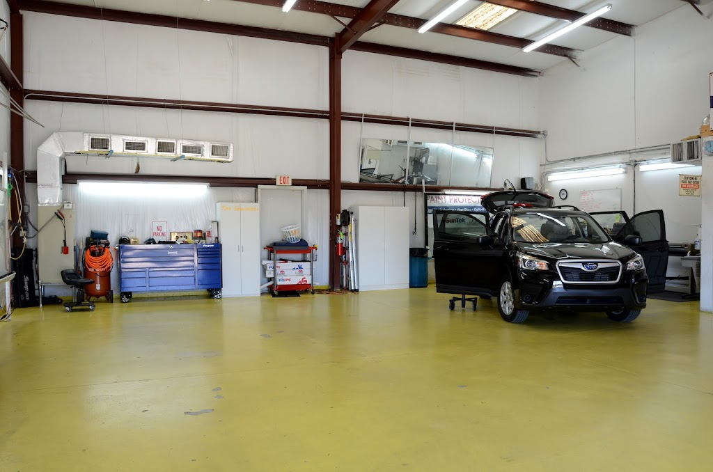 Tint Specialists - car repair    Photo 3 of 10   Address: 2080 St Johns Bluff Rd S, Jacksonville, FL 32246, USA   Phone: (904) 998-3812