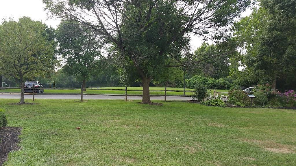 Gilbert Farms Park - park  | Photo 2 of 10 | Address: 6181 Ross Rd, Fairfield, OH 45014, USA | Phone: (513) 867-5348