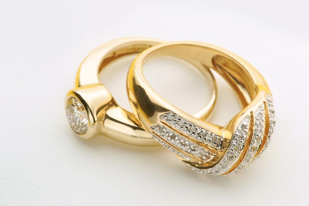 Gold Guys Woodbury - jewelry store  | Photo 6 of 10 | Address: 9220 Hudson Rd #710, Woodbury, MN 55125, USA | Phone: (651) 714-9200