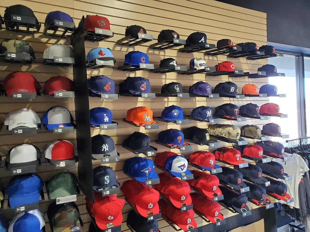 Headz N Threadz - clothing store  | Photo 3 of 10 | Address: 1065 Regency Pkwy, St Charles, MO 63303, USA | Phone: (314) 528-8100