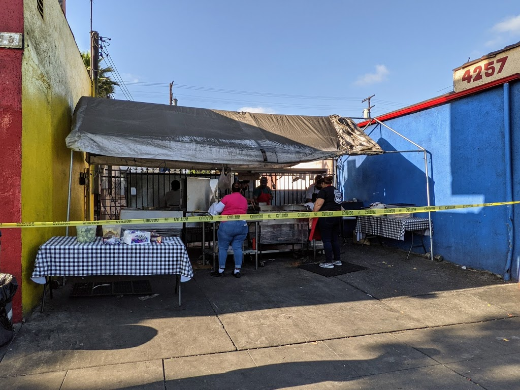 Taqueria El Poblano Estilo Tijuana - restaurant  | Photo 4 of 10 | Address: 4253 E Compton Blvd, Compton, CA 90221, USA | Phone: (424) 785-5297
