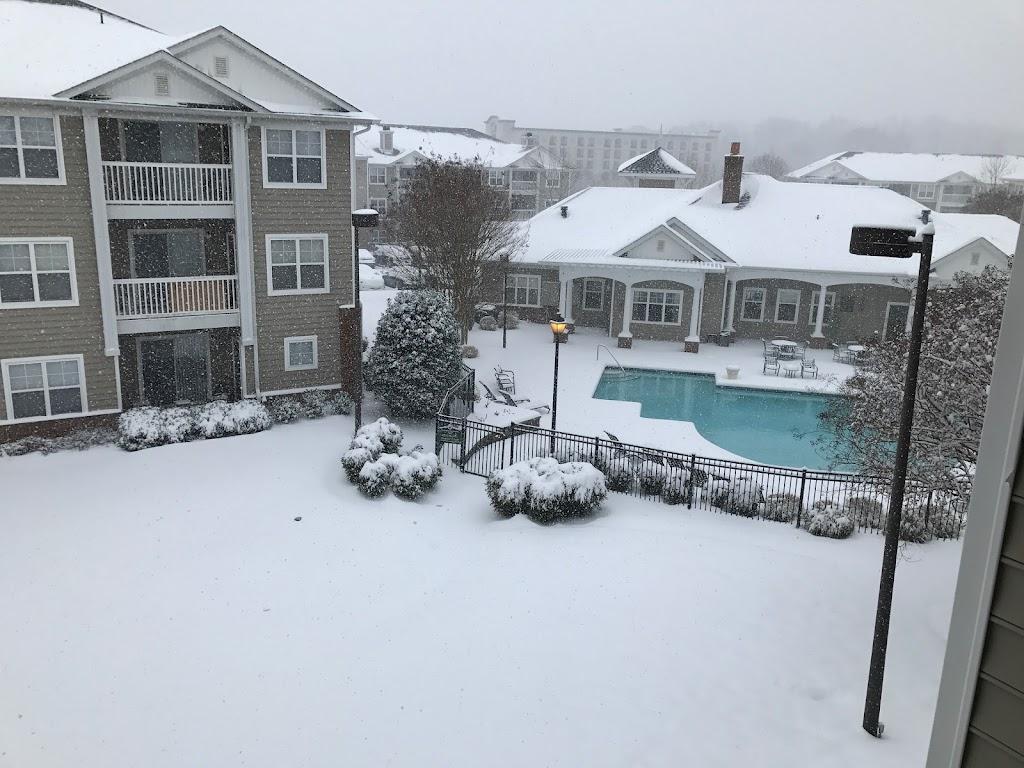 Reflections of West Creek - real estate agency  | Photo 10 of 10 | Address: 4400 Breezy Bay Cir, Henrico, VA 23233, USA | Phone: (804) 376-9016