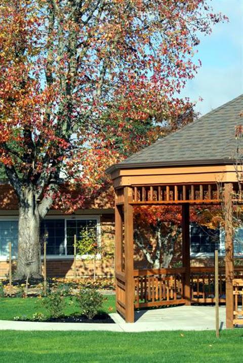 Avamere Rehabilitation of Oregon City - physiotherapist  | Photo 5 of 10 | Address: 1400 Division St, Oregon City, OR 97045, USA | Phone: (503) 656-0367