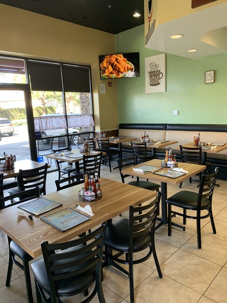 Country Cafe - cafe  | Photo 5 of 10 | Address: 4911 Lincoln Ave, Cypress, CA 90630, USA | Phone: (714) 220-2100
