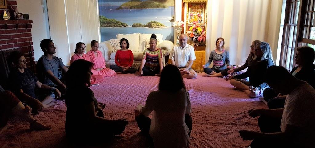 The Divine Art of Yoga Center Ashram - gym    Photo 1 of 10   Address: 851 W Whittier Blvd, La Habra, CA 90631, USA   Phone: (562) 245-6469