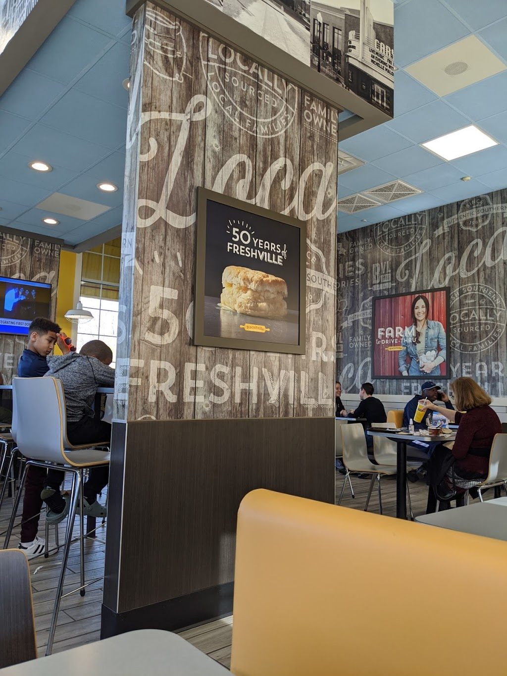 Biscuitville - cafe  | Photo 6 of 10 | Address: 2820 NC-55, Cary, NC 27519, USA | Phone: (919) 362-8034