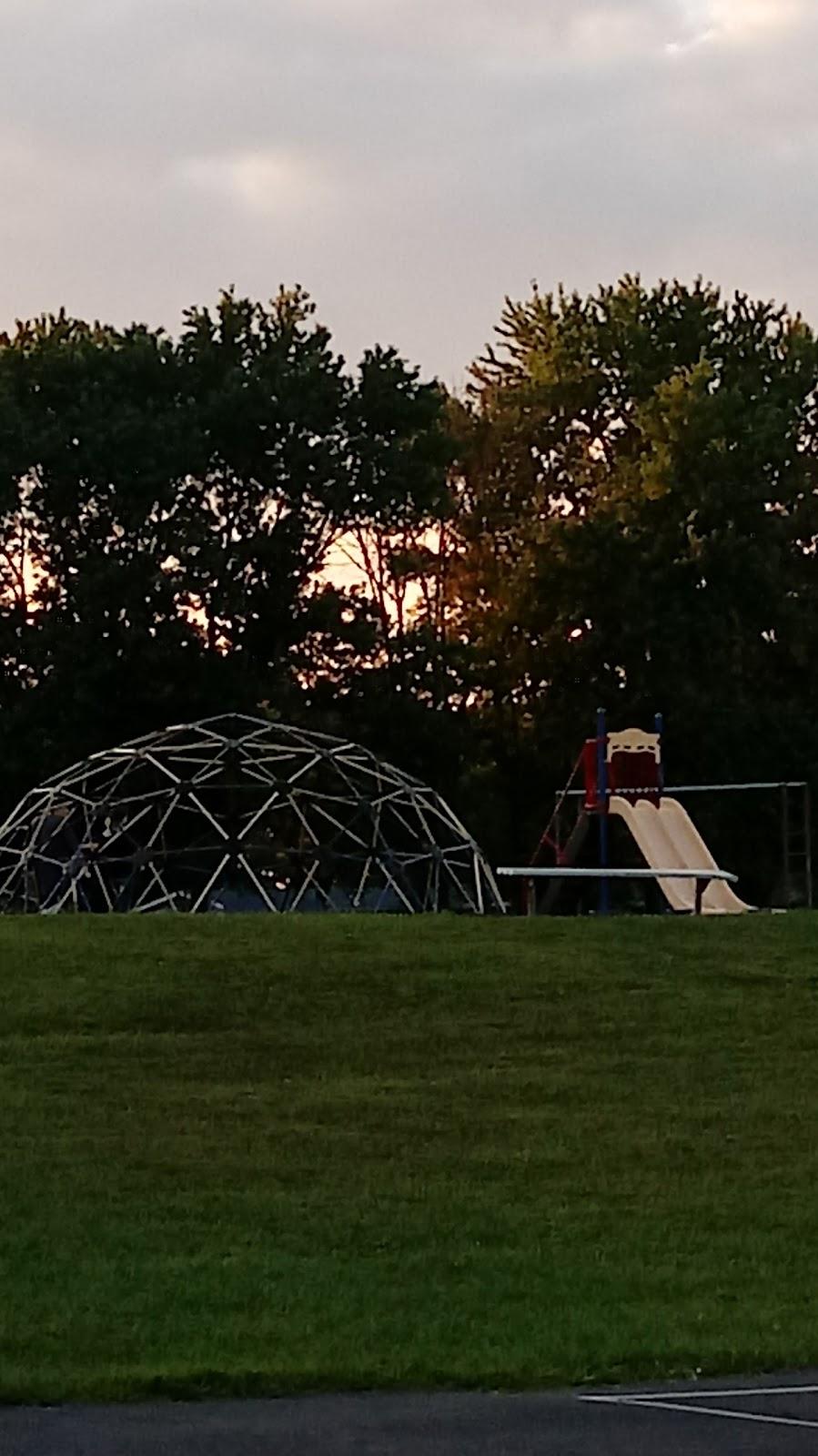 Summerside Elementary School - school    Photo 8 of 10   Address: 4639 Vermona Dr, Cincinnati, OH 45245, USA   Phone: (513) 947-7900