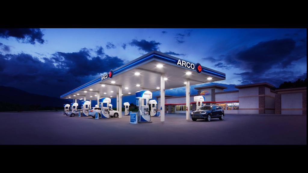 ARCO - gas station    Photo 1 of 5   Address: 255 E Harney Ln, Lodi, CA 95240, USA   Phone: (209) 339-2371