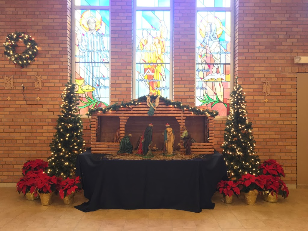St Mary Magdalen Parish - church  | Photo 2 of 9 | Address: 50 E Annabelle Ave, Hazel Park, MI 48030, USA | Phone: (248) 542-8060