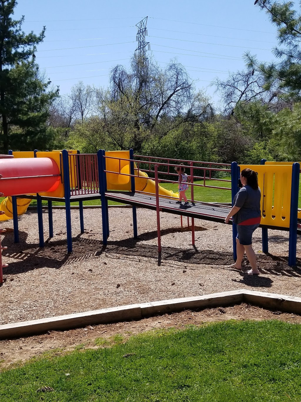 Gilbert Farms Park - park  | Photo 9 of 10 | Address: 6181 Ross Rd, Fairfield, OH 45014, USA | Phone: (513) 867-5348