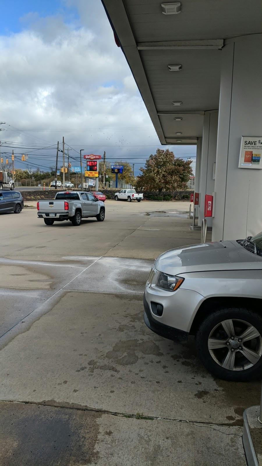 GetGo Gas Station & WetGo Car Wash - gas station    Photo 4 of 10   Address: 1001 Lebanon Rd, West Mifflin, PA 15122, USA   Phone: (412) 461-2114
