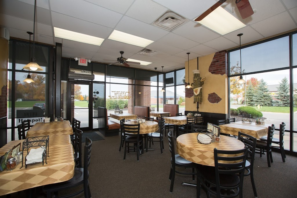 Tarantos Pizzeria - meal delivery  | Photo 1 of 10 | Address: 1282 E Powell Rd, Lewis Center, OH 43035, USA | Phone: (614) 841-2345