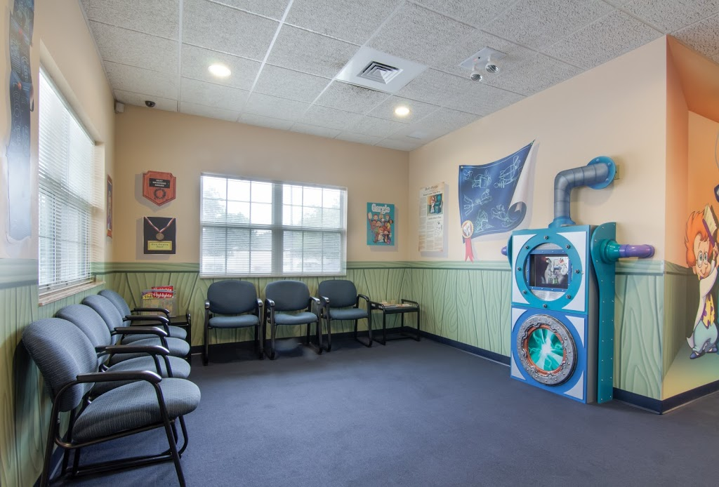 Smile Builders Pediatric Dentistry Tampa - dentist  | Photo 8 of 10 | Address: 6415 Sheldon Rd, Tampa, FL 33615, USA | Phone: (813) 880-0100