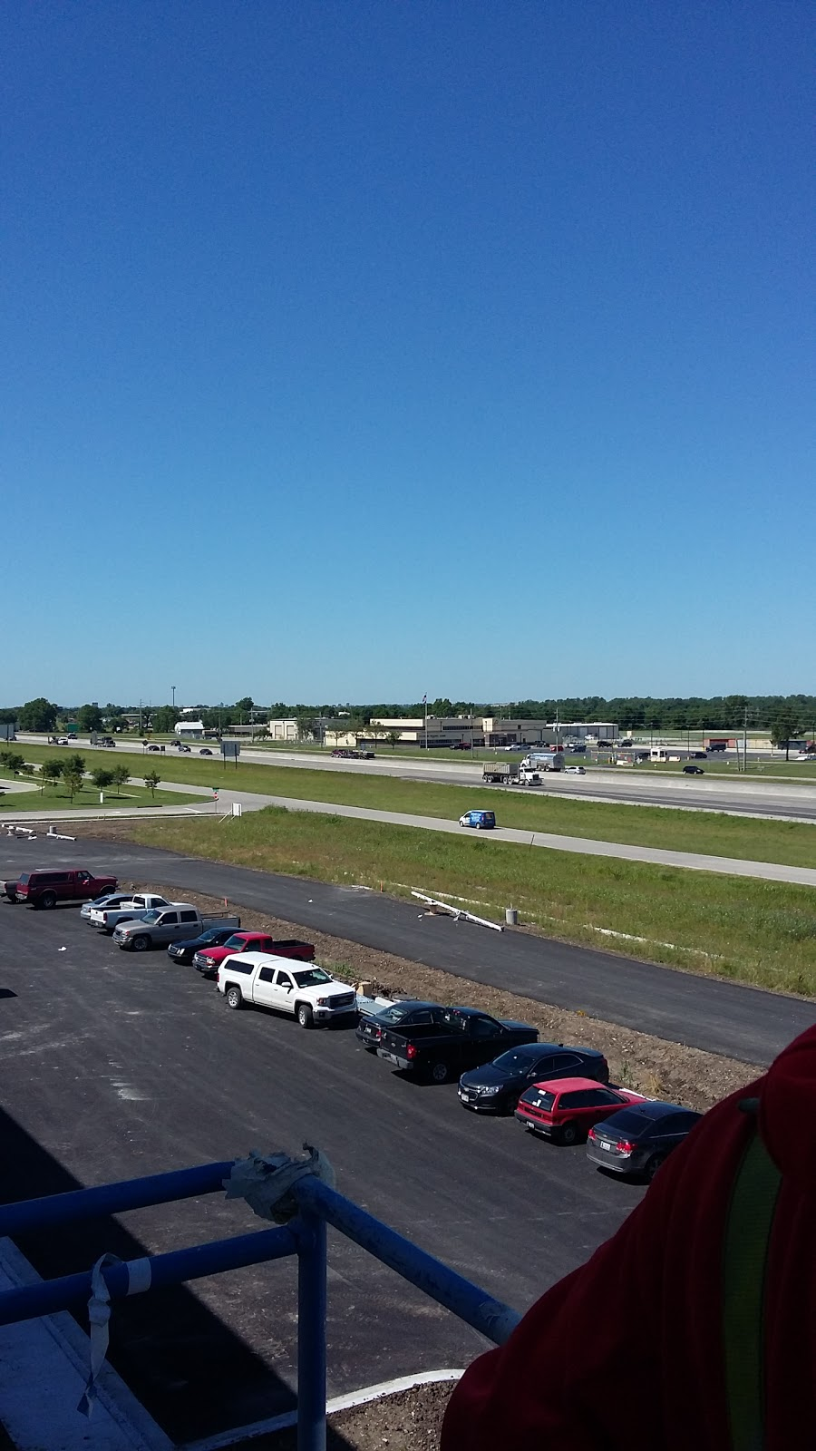 American Tire Distributors - car repair  | Photo 4 of 6 | Address: 4223 N Garnett Rd, Tulsa, OK 74116, USA | Phone: (918) 877-4332