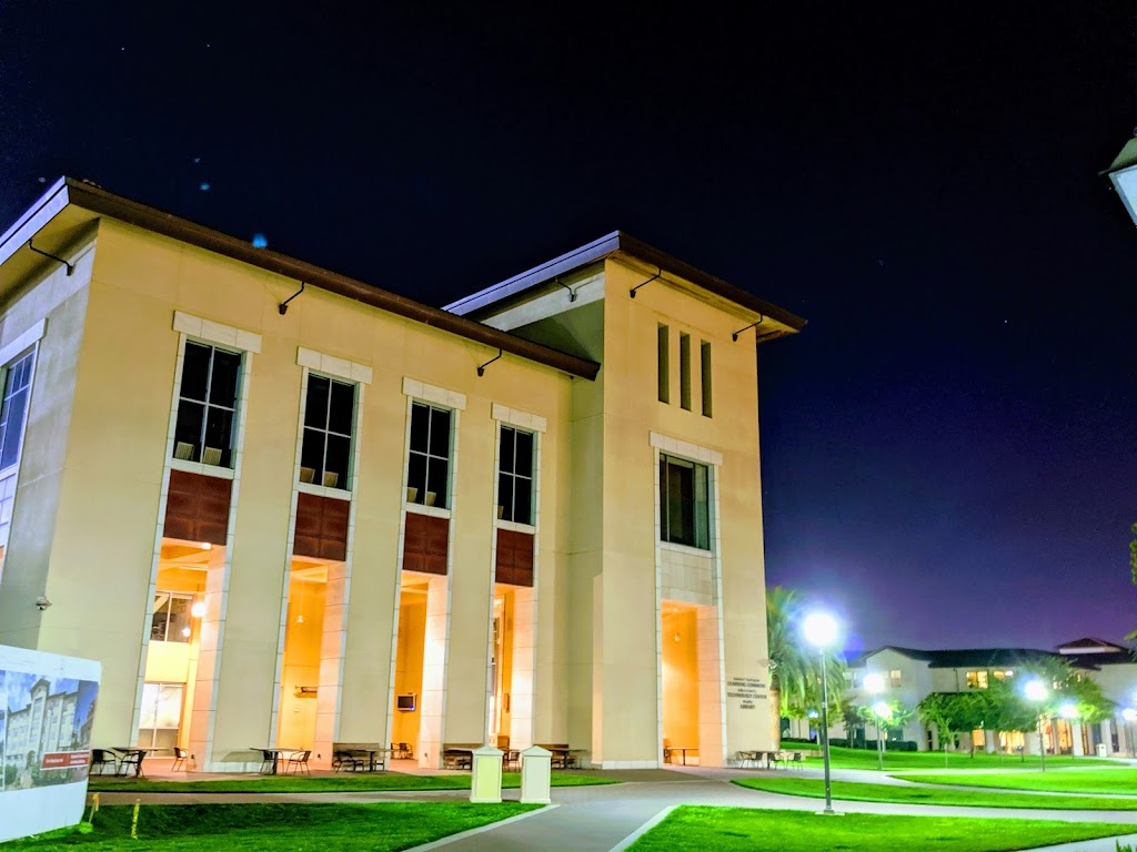 Santa Clara University Library - library    Photo 2 of 10   Address: 500 El Camino Real, Santa Clara, CA 95050, USA   Phone: (408) 554-5020