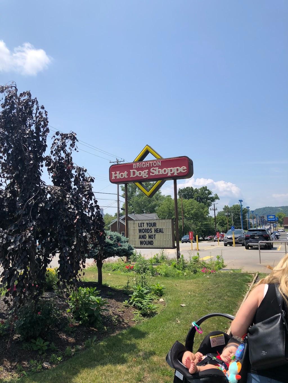 Brighton Hot Dog Shoppe - restaurant  | Photo 9 of 10 | Address: 224 State Ave, Beaver, PA 15009, USA | Phone: (724) 728-6622