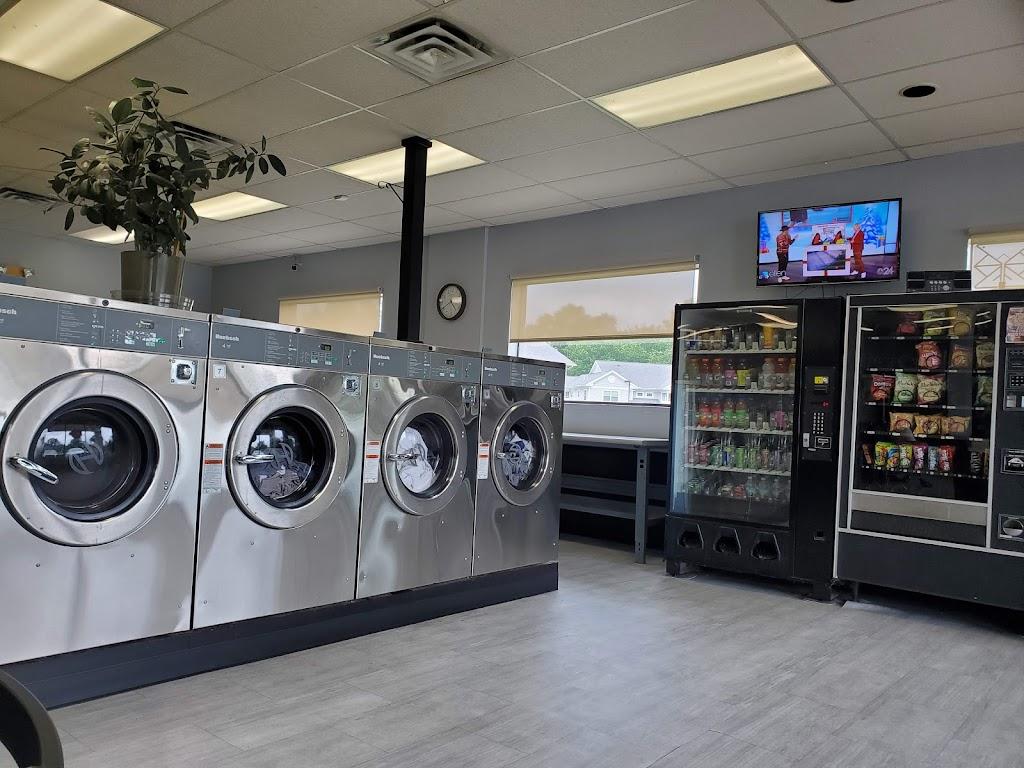 Major Kleen Laundromat - laundry    Photo 1 of 7   Address: 4044 Airport Hwy, Toledo, OH 43615, USA   Phone: (419) 381-0617