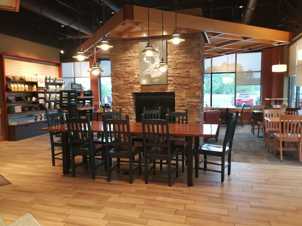 Caribou Coffee - cafe  | Photo 4 of 10 | Address: 1835 Gateway Dr NW Suite 106, Coon Rapids, MN 55433, USA | Phone: (763) 754-1627