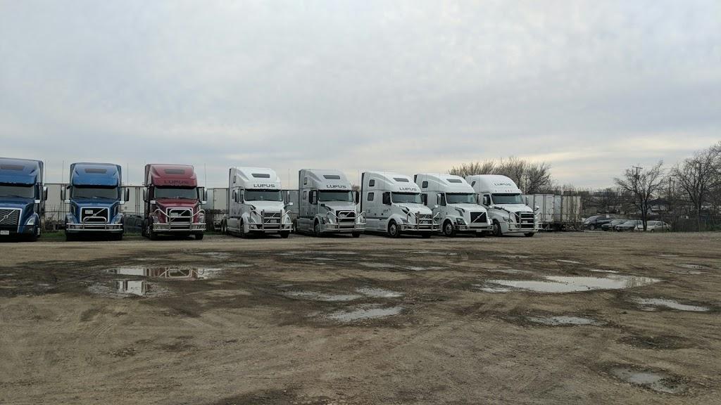 Lupus Superior LLC - moving company  | Photo 8 of 10 | Address: 213 Jere St, Grand Prairie, TX 75050, USA | Phone: (682) 774-9294