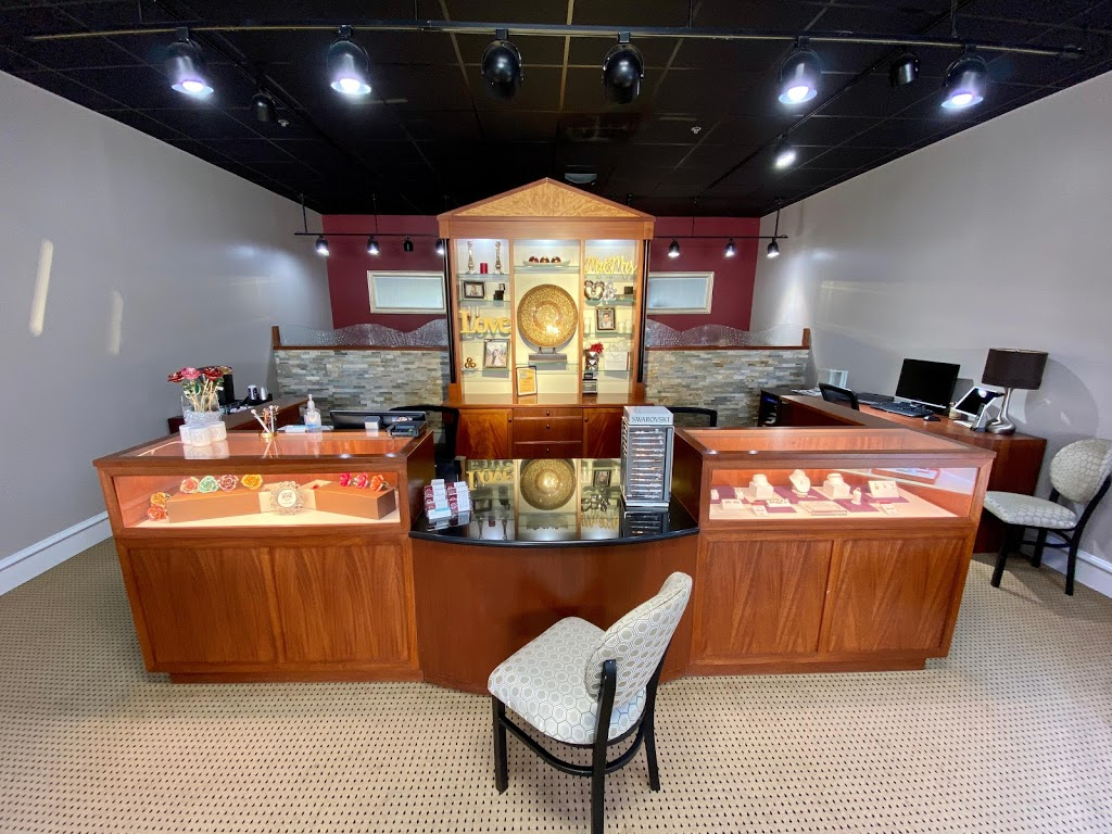 Noah Gabriel & Co. Jewelers - jewelry store  | Photo 6 of 10 | Address: 12063 Perry Hwy, Wexford, PA 15090, USA | Phone: (724) 935-5070