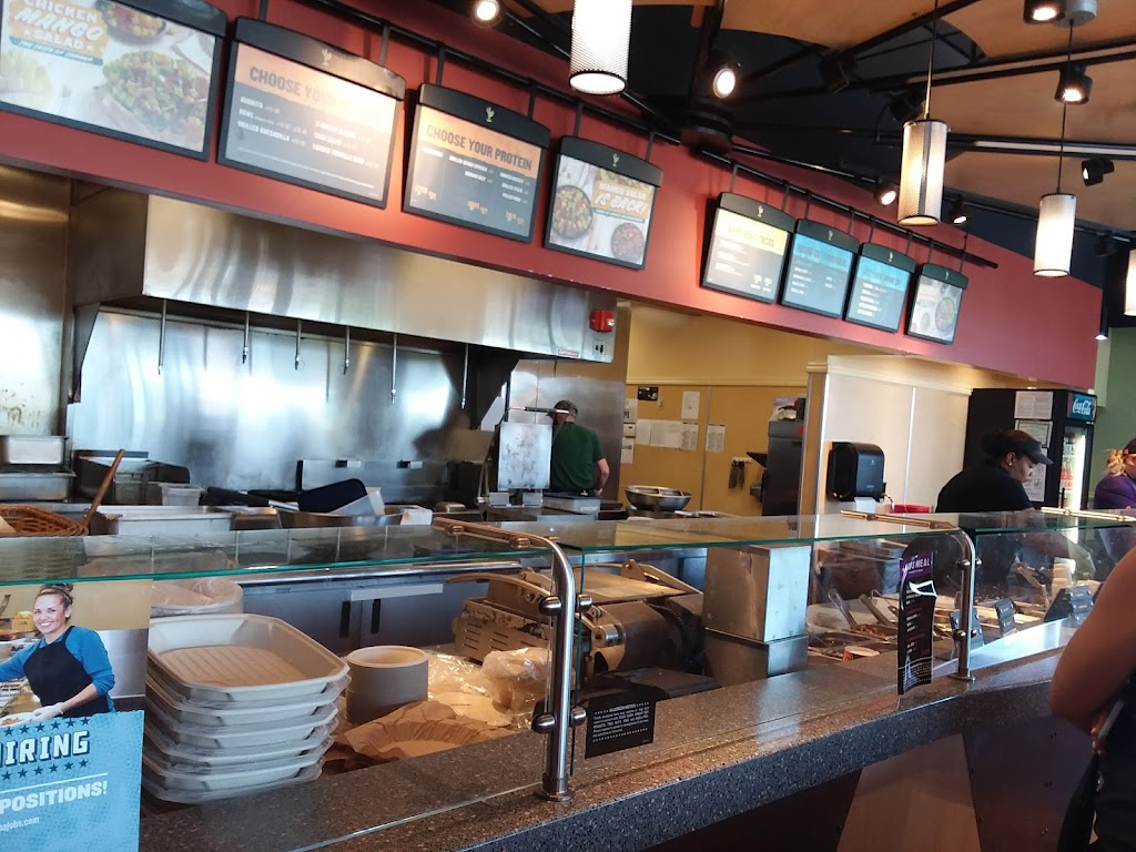 QDOBA Mexican Eats - restaurant    Photo 3 of 10   Address: 5880 Belleville Crossing St, Belleville, IL 62226, USA   Phone: (618) 310-3000