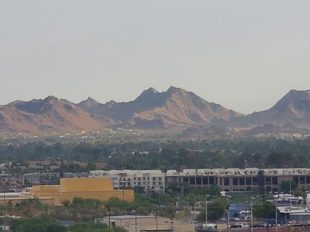 Fellowship Towers - lodging  | Photo 5 of 10 | Address: 222 E Indianola Ave, Phoenix, AZ 85012, USA | Phone: (602) 266-9438