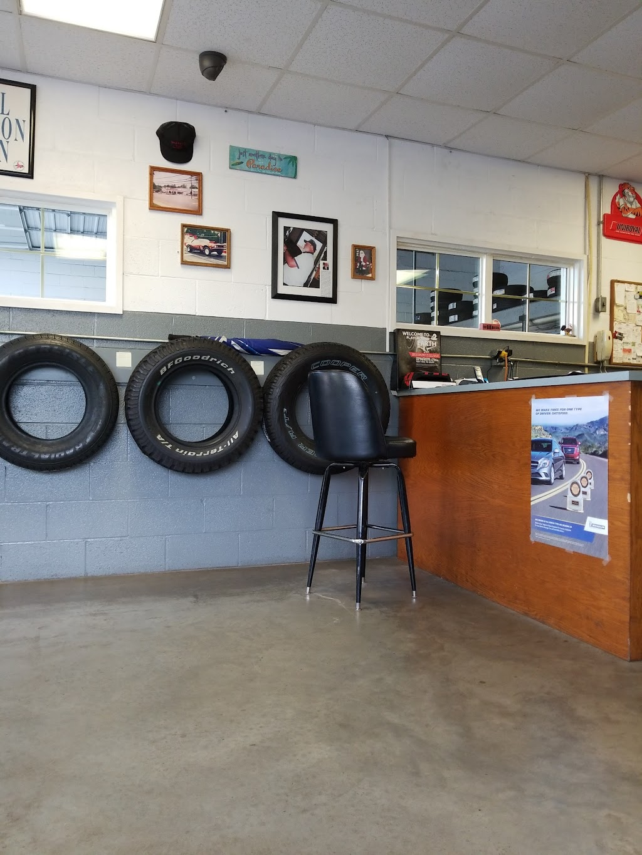 Harveys Tire & Services - car repair    Photo 2 of 7   Address: 306 S Main St, Randleman, NC 27317, USA   Phone: (336) 498-3272