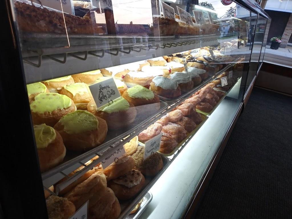 Ideal Bakery - bakery  | Photo 7 of 10 | Address: 101 W Madison St, Gibsonburg, OH 43431, USA | Phone: (419) 637-2639