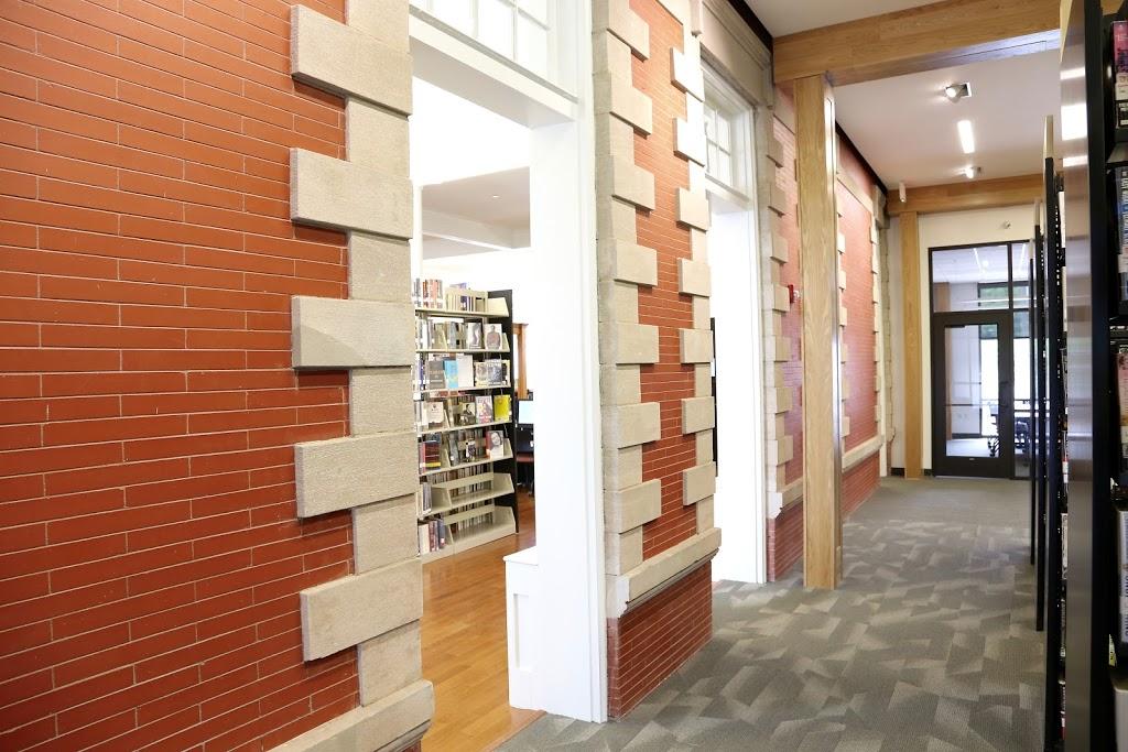 Paris-Bourbon County Library - library    Photo 1 of 10   Address: 701 High St, Paris, KY 40361, USA   Phone: (859) 987-4419