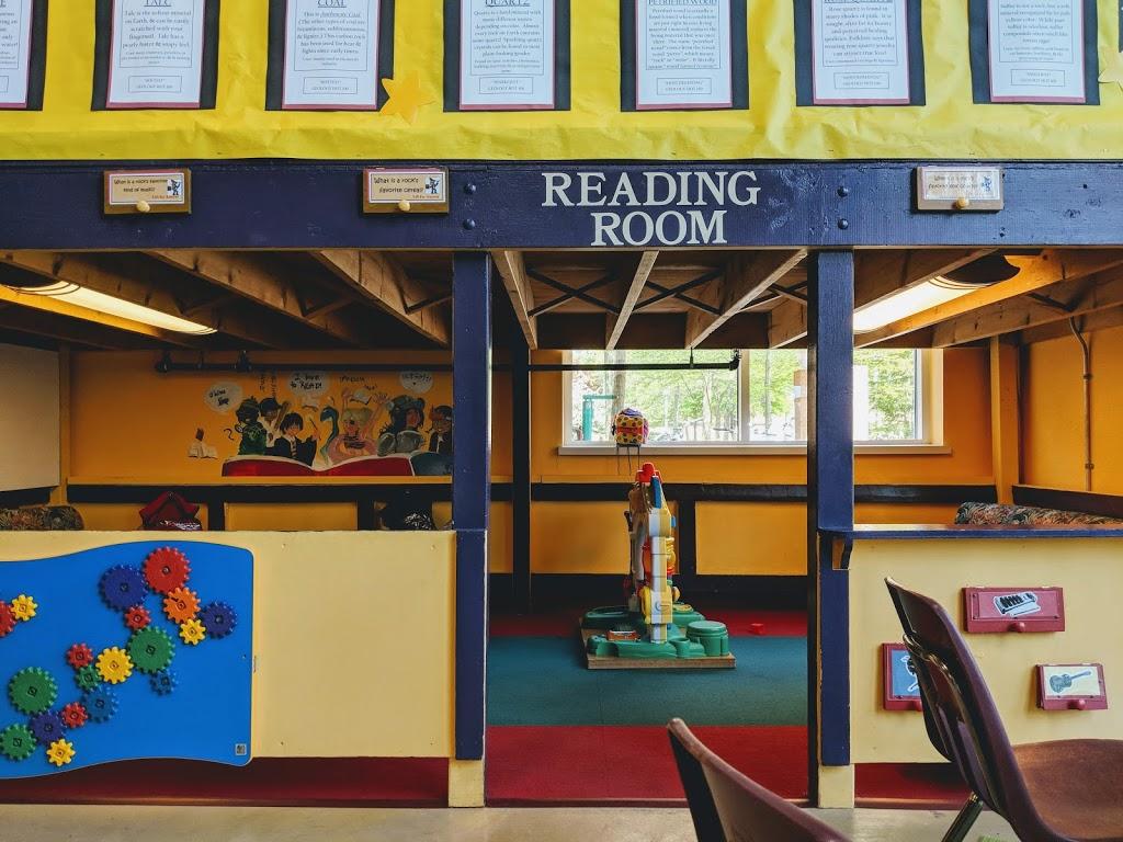 Avon Lake Public Library - library    Photo 9 of 10   Address: 32649 Electric Blvd, Avon Lake, OH 44012, USA   Phone: (440) 933-8128