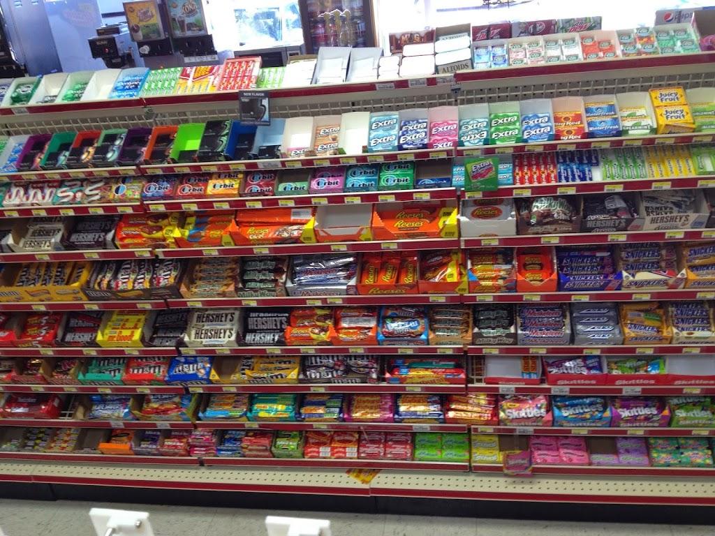 Ameristop FoodMart - convenience store  | Photo 3 of 5 | Address: 304 E Main St, Lebanon, OH 45036, USA | Phone: (513) 282-6278