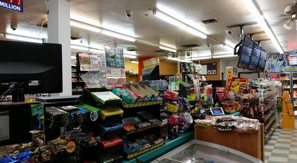 Diamond Dot Market - convenience store  | Photo 6 of 10 | Address: 25851 S Power Rd, Queen Creek, AZ 85142, USA | Phone: (480) 988-2016