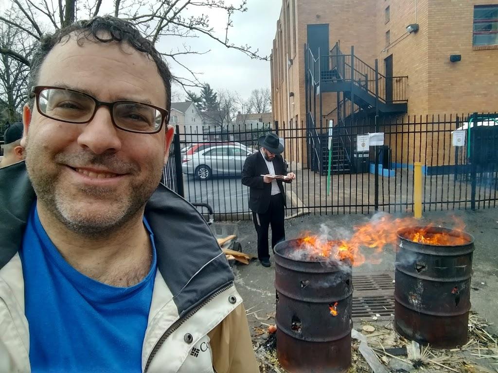 JEC Elmora Avenue Shul - synagogue    Photo 4 of 5   Address: 330 Elmora Ave, Elizabeth, NJ 07208, USA   Phone: (908) 355-4850