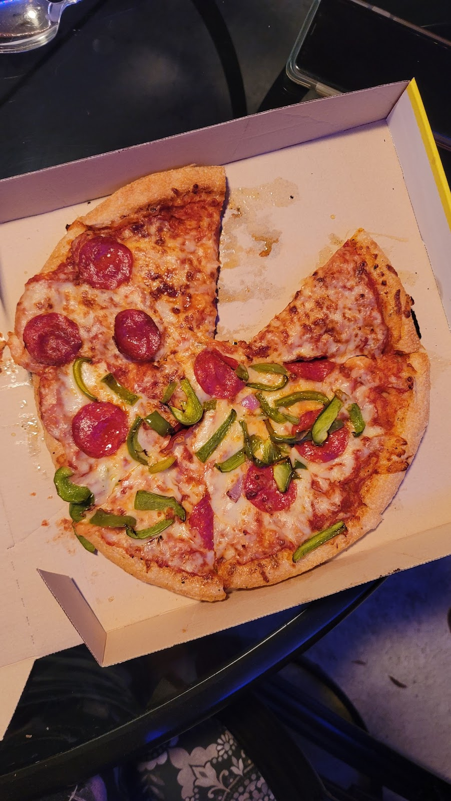 Hungry Howies Pizza - meal delivery  | Photo 10 of 10 | Address: 15441 N Dale Mabry Hwy, Tampa, FL 33618, USA | Phone: (813) 265-2111