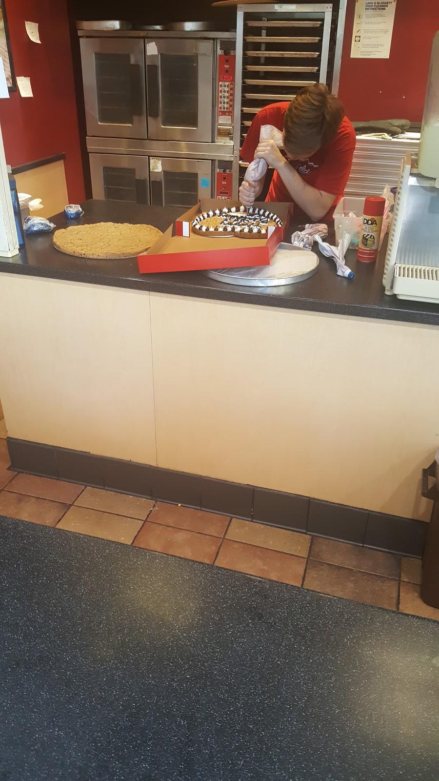 Mrs. Fields - bakery  | Photo 3 of 6 | Address: 2800 N Main St #672, Santa Ana, CA 92705, USA | Phone: (714) 972-1128