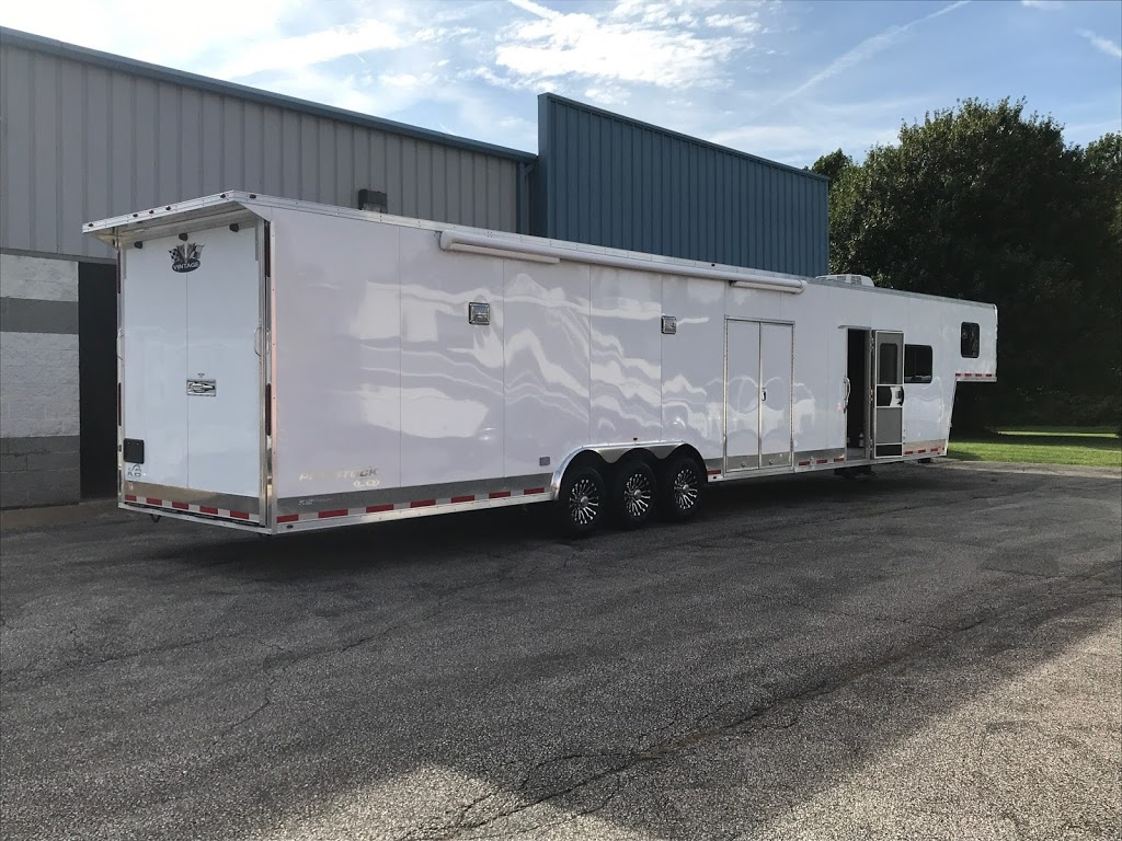 KB Trailer Sales - store  | Photo 3 of 8 | Address: 7670 Hub Pkwy, Cleveland, OH 44125, USA | Phone: (216) 930-5510