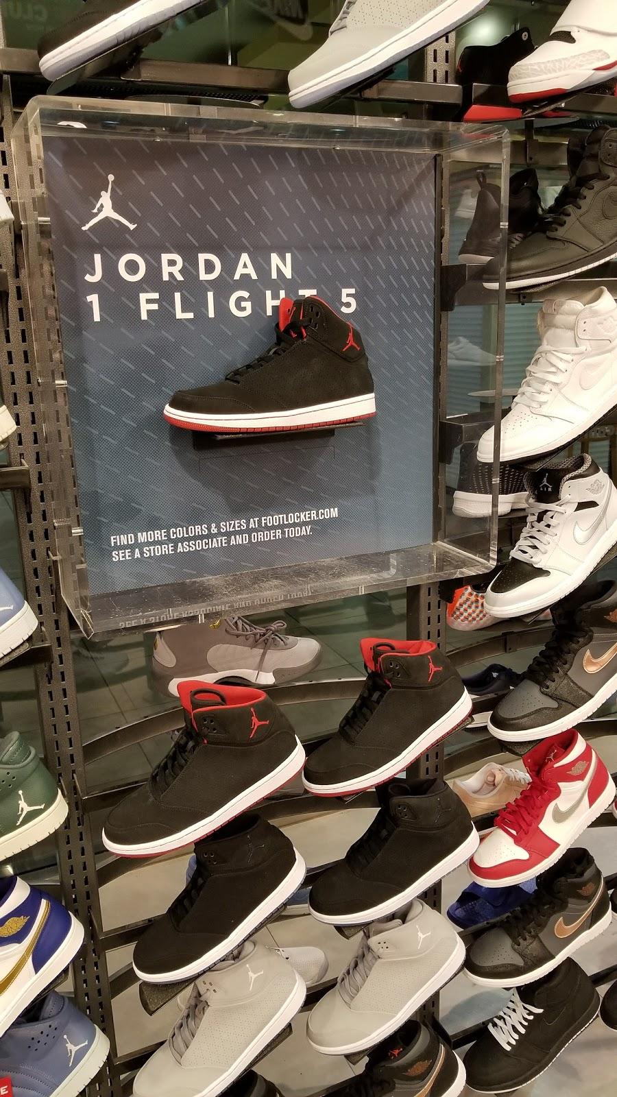 Foot Locker - shoe store    Photo 5 of 10   Address: 1711 W Bethany Home Rd, Phoenix, AZ 85015, USA   Phone: (602) 246-9931