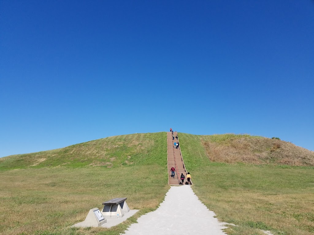 Cahokia Mounds Museum Society - museum    Photo 5 of 10   Address: 30 Ramey St, Collinsville, IL 62234, USA   Phone: (618) 344-9221