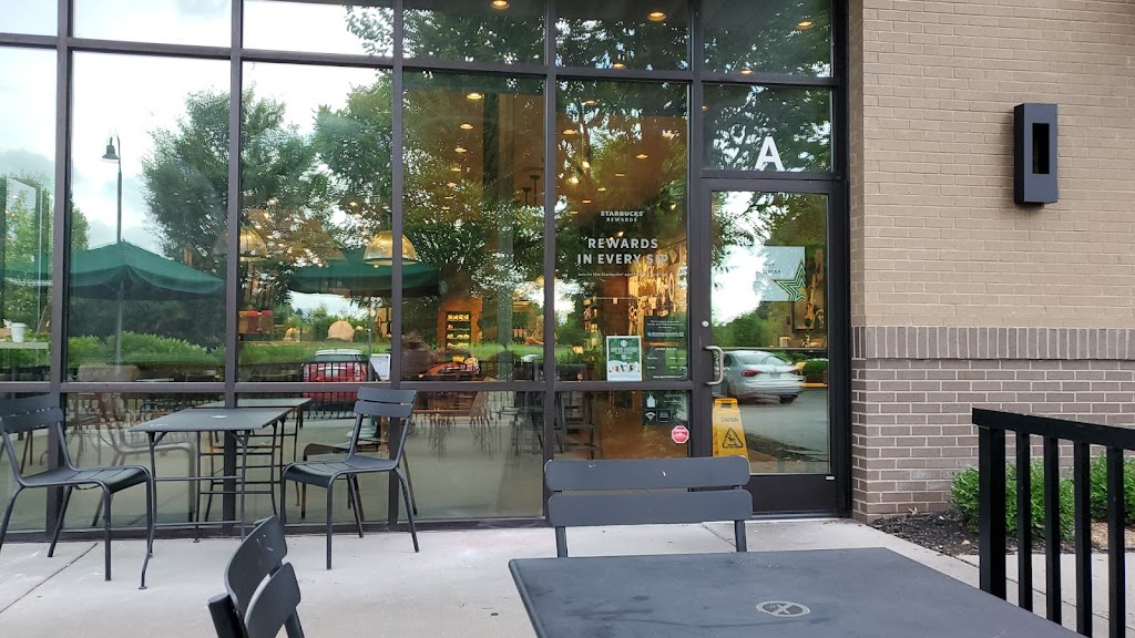 Starbucks - cafe    Photo 6 of 10   Address: 2711 Medical Center Pkwy, Murfreesboro, TN 37129, USA   Phone: (615) 904-0820