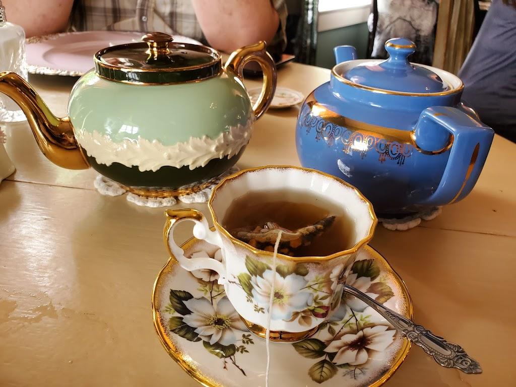 The Parker Grace - cafe  | Photo 3 of 10 | Address: 138 1st St, Roanoke, IN 46783, USA | Phone: (260) 715-6609