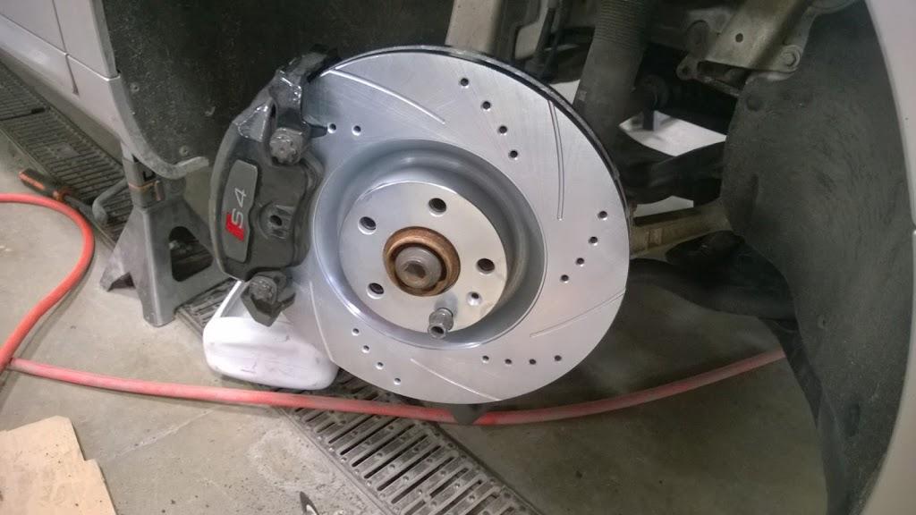 addy Auto Services - car repair  | Photo 5 of 10 | Address: 6300 Carlson Dr, Eden Prairie, MN 55346, USA | Phone: (952) 652-7775