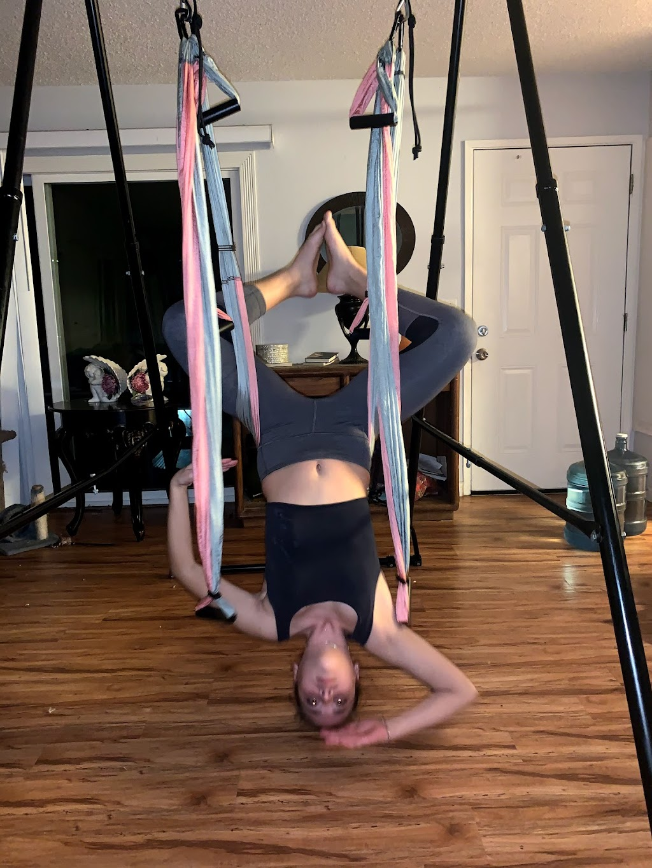 Yoga Trapeze Orange County - school    Photo 3 of 10   Address: 815 N San Pablo Ct, Long Beach, CA 90813, USA   Phone: (949) 324-6918