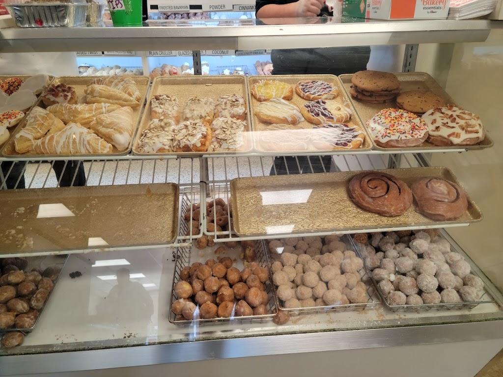 Paulas Donuts - bakery  | Photo 2 of 10 | Address: 8560 Main St, Clarence, NY 14221, USA | Phone: (716) 580-3614