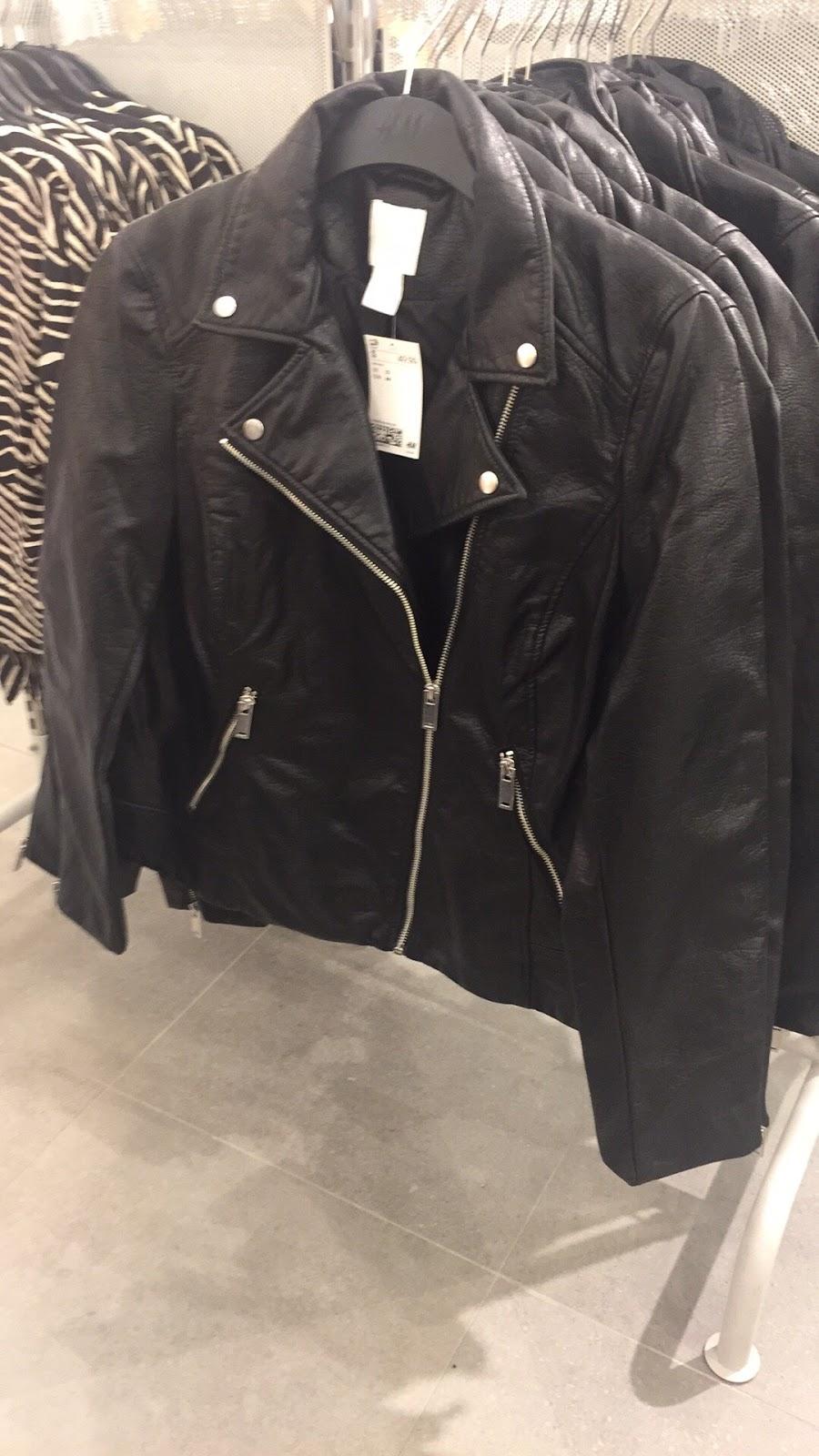 H&M - clothing store  | Photo 9 of 10 | Address: 1600 Water St, Laredo, TX 78040, USA | Phone: (855) 466-7467