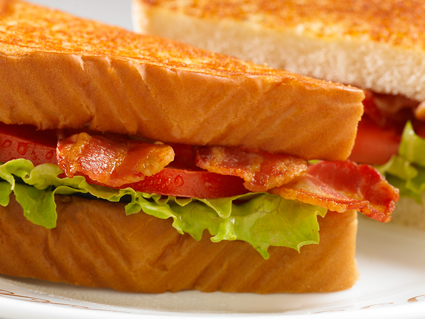 Waffle House - meal takeaway  | Photo 9 of 10 | Address: 1405 University Dr, Burlington, NC 27215, USA | Phone: (336) 684-8502